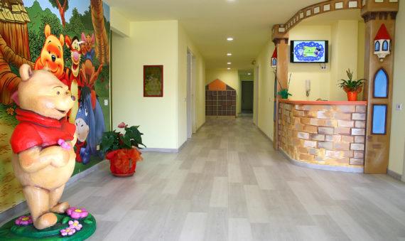 Ingresso della scuola materna Collina degli Angeli a Reggio Calabria